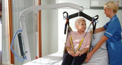 Baño General De Un Paciente:nada de movilidad, ni siquiera en cabeza existe la opción de un