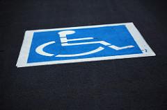Los aparcamientos reservados son primordiales para lograr la eliminación de barreras arquitectónicas y la movilidad de las personas con discapacidad