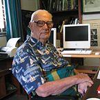 El famoso escritor de ciencia ficción Sir Arthur C. Clarke, desarrolló el síndrome postpolio en 1988 después de contraer la polio inicialmente en 1959