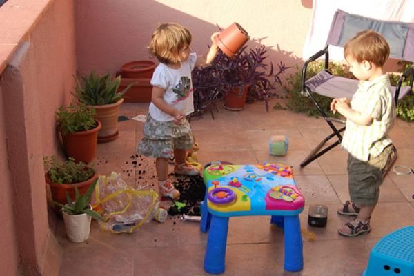El juego es un factor imprescindible en el desarrollo madurativo del cualquier niño y, en especial, del niño con discapacidad