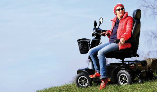 scooter-sterling-serie-s-lifestyle