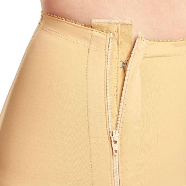 faja-post-liposuccion-por-debajo-de-rodilla-hasta-cintura-con-cremalleras-detalle