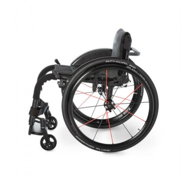 Silla de ruedas ultraligera Ki Rogue ALX de chasis rígido