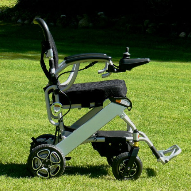 silla de ruedas electrica mistral plegable y ultraligera