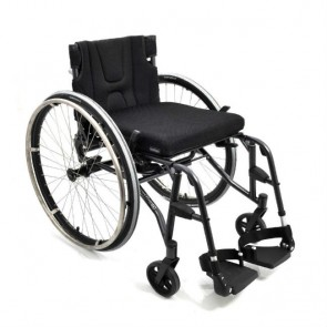 Silla de ruedas de chasis rígido y reposapiés desmontables Panthera S3 Swing