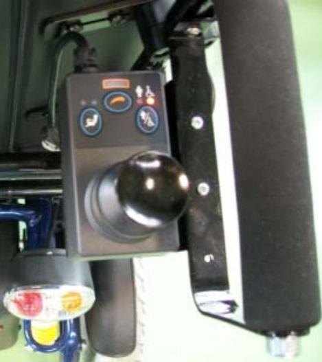 Mando VR2 sólo para acompañante (montado siempre a la derecha)
