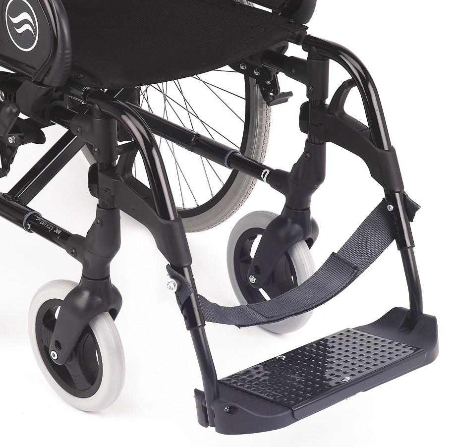 Silla de ruedas breezy 250r reclinable no autopropulsable for Plataforma para silla de ruedas