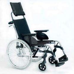 amplio-equipamiento-de-serie-silla-de-ruedas-de-aluminio-respaldo-reclinable-breezy-style-caracteristica