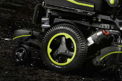 caracteristica-silla-de-ruedas-electrica-quickie-q700-sedeo-pro-suspension-spidertrac