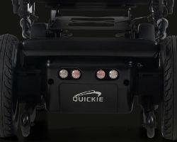 caracteristicas-quickie-q400-r-sedeo-lite-silla-de-ruedas-electrica-de-traccion-trasera-potentes-motores