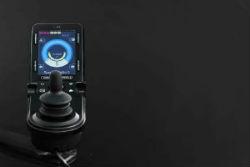 caracteristicas-silla-de-ruedas-electrica-traccion-delantera-quickie-q500-f-sedeo-pro-controles