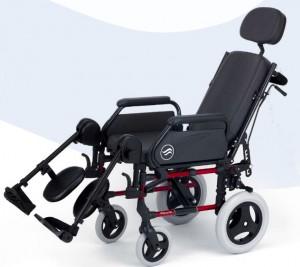 Silla con respaldo reclinable, tapicería confort, reposacabezas y reposapies elevables